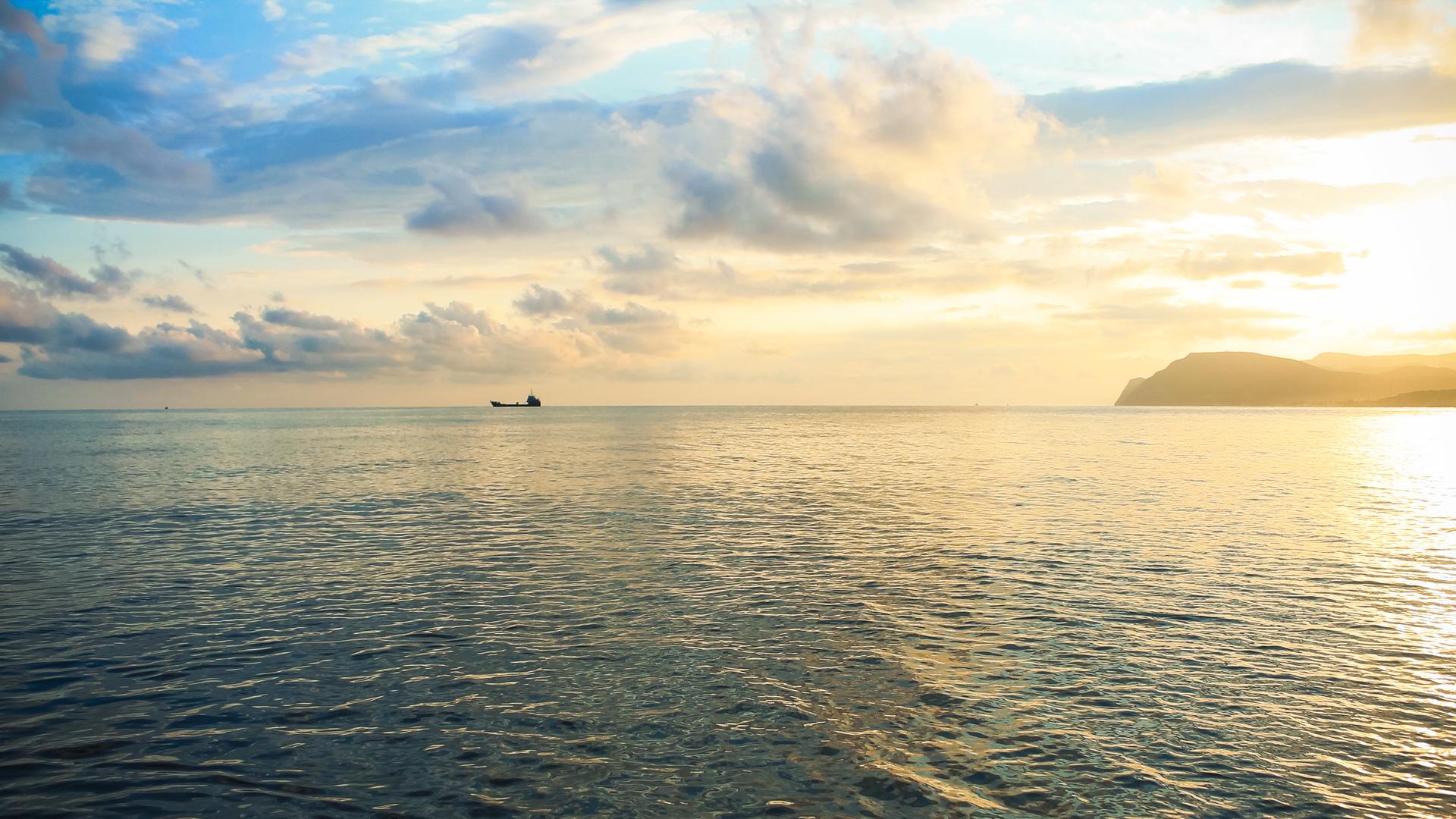 Семейный отдых на море, Домашняя атмосфера